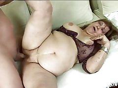 Fat mummo saa munaa